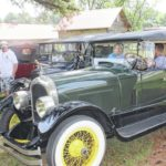 Sampson History Museum hosts Horseless Carriage tour