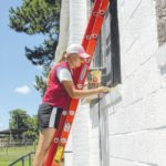 Lowe's Heroes make improvements at Coharie Tribal Center
