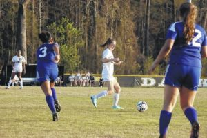Lady Horses roll over Trask, extend win streak to nine